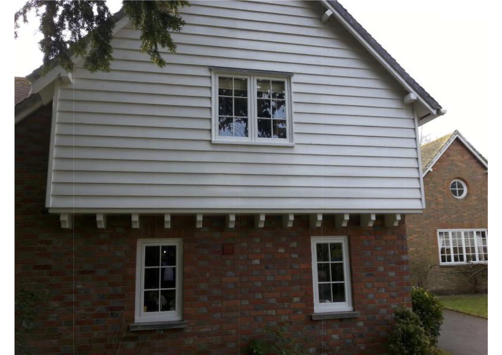 Timber look uPVC windows really worked in this Kent home - DWL