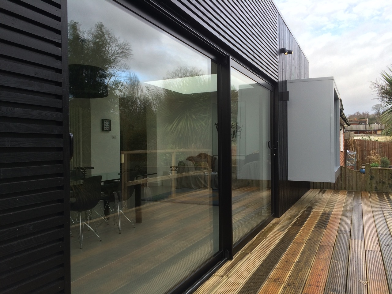 Aluminium sliding doors dwl windows doors conservatories for Aluminium glass windows and doors