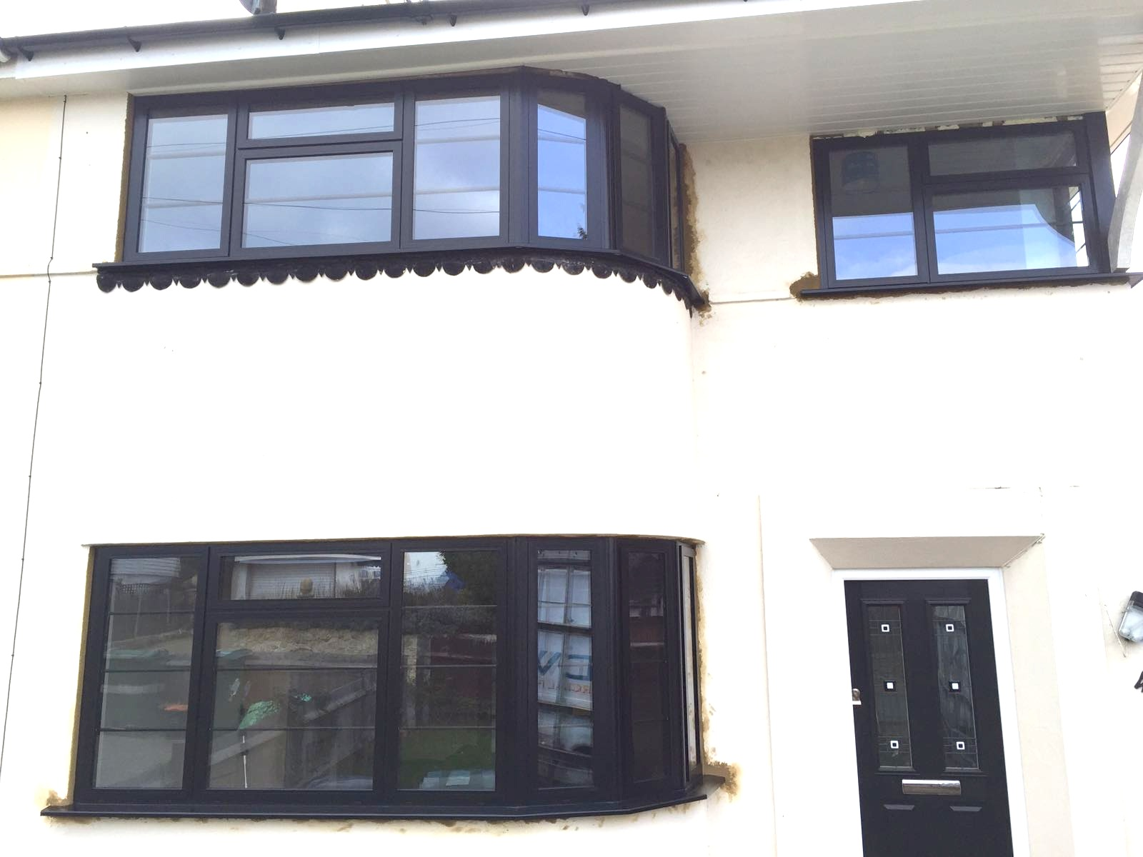 Our black aluminium window frames installed in Kent - DWL