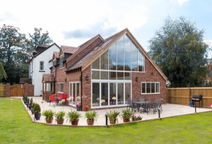 Smart Visofold 1000 bifold doors